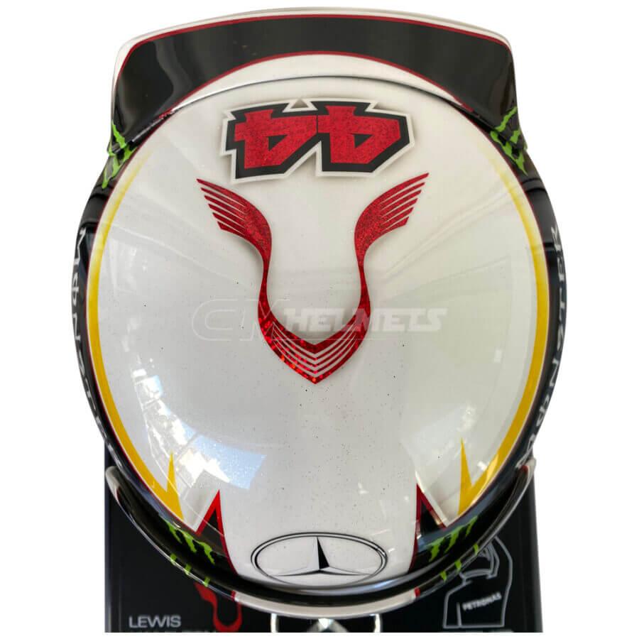lewis-hamilton-2015-world-champion-f1-replica-helmet-full-size-mm3